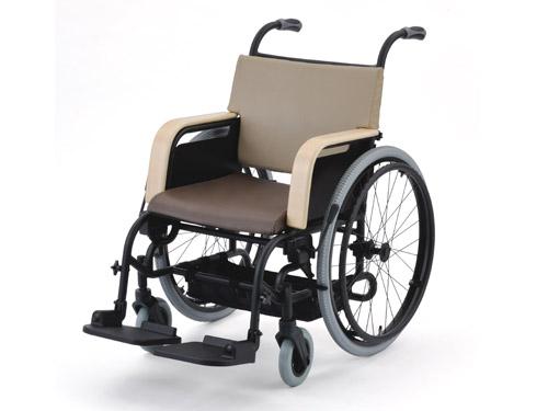 ハビナース アシスタイースI (自走式車いす)