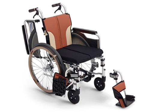 自動ブレーキ付き 自走式車いす スキット SKT-400B