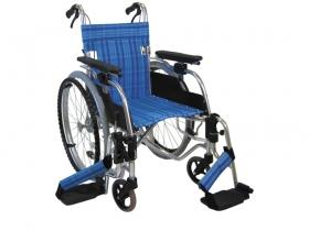 車いすのアウトレットコーナー。リニューアルに伴う旧製品や在庫処分品などを市価より大幅なお安い価格でご案内しています。いずれも数に限りがございます。※こちらでご案内している商品は全て返品不可となります。あらかじめご了承くださいませ。
